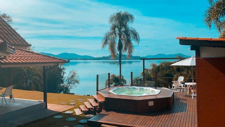 Excelente casa na Lagoa de Imaruí
