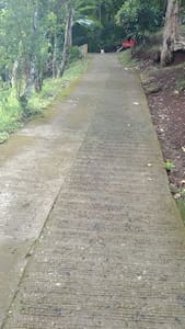 This is our  hillside road ,to avoid claiming pls call us
