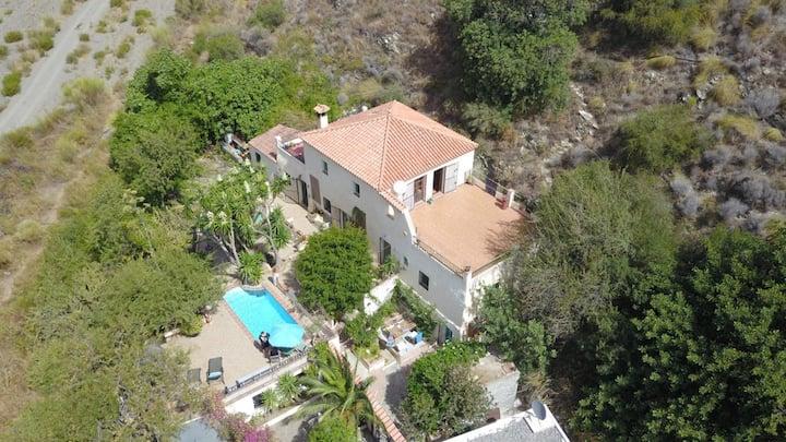 Off-grid Villa aan de Costa Tropical, Casa Mula