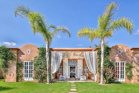 Magnifique exclusive Pool Villa  + services