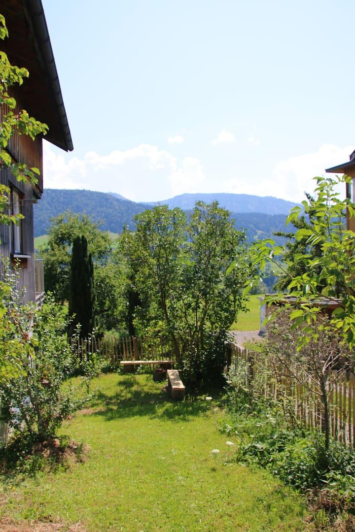 Einzigartiges Ferienhaus & Ausblick auf die Alpen