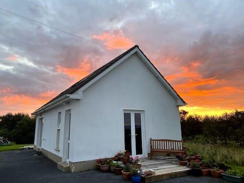 Galway Hideaway - Connemara Cottage