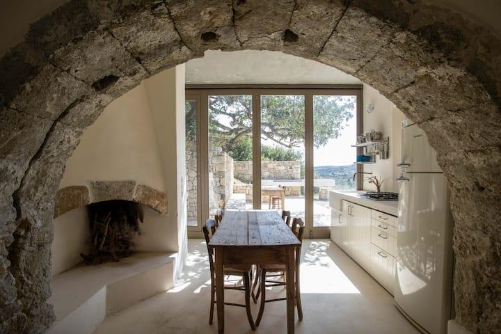 Palaiopoli cave house