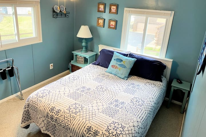 Blue Bedroom has top quality queen mattress and views of the lake from both windows.