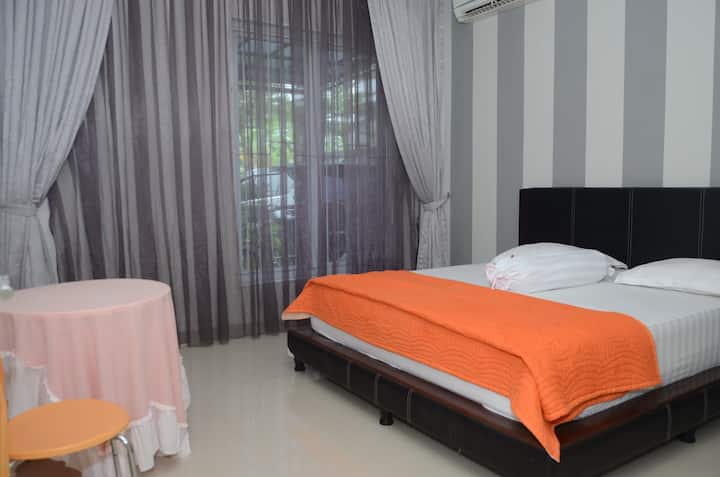 Room Clover@Palm Drive House Sentul City