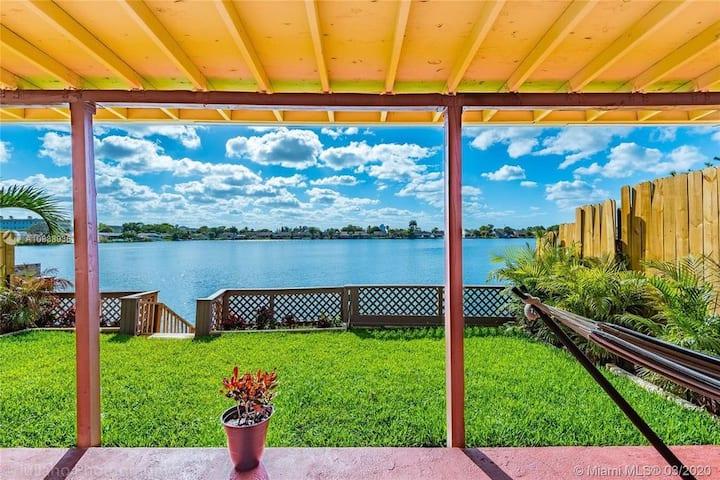 Hollywood Lake View, Dania Beach, South Florida