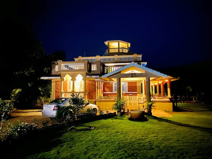 Shangri-La Valley Retreat (3 bhk) Luxury Villa