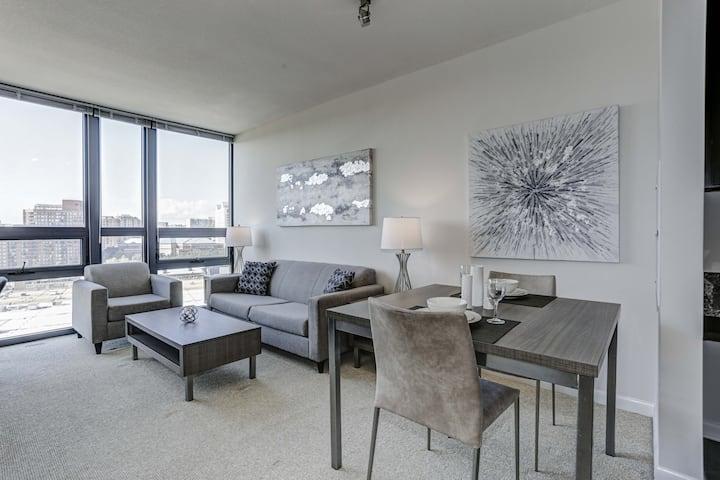 Modern Luxury High Rise- Pentagon City