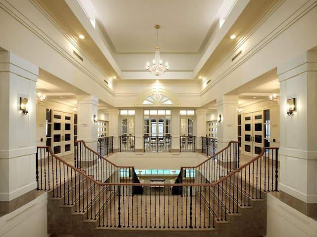 Etobicoke Humber College Mississauga Suite
