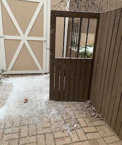 This is the gate which you will pass through to get to the garage door.