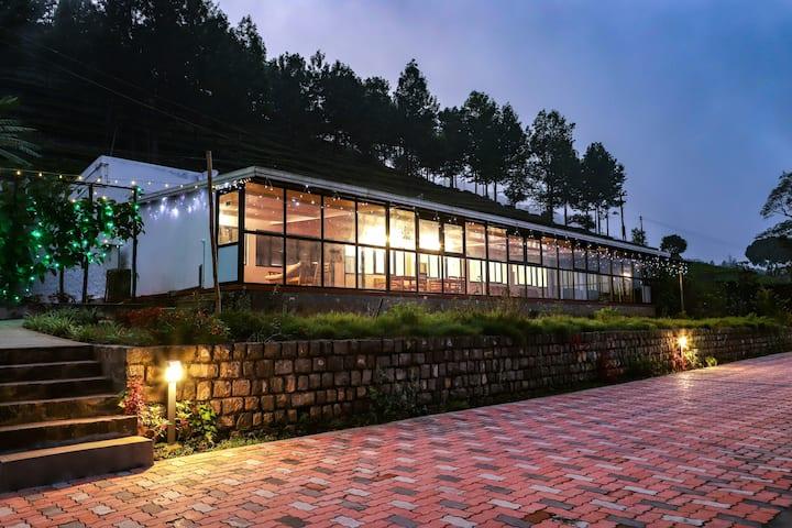 6BR  Villa | BBQ, Campfire, Trekking | 24 Guests
