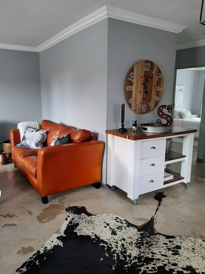 Moi-huis/2bed, Close to Menlyn Mall,  Pta-East H/P