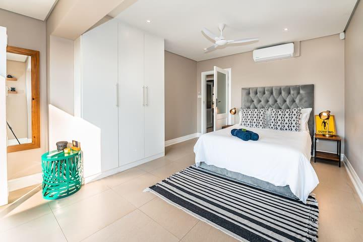 Double Bedroom (Top floor) #1
