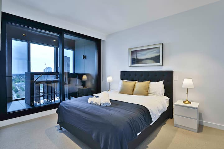 Palatial apartment U13-1A 1BR1BA*pool&gym*Box Hill