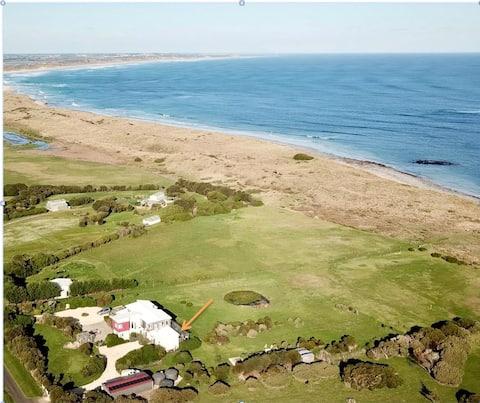 Killarney Beach Retreat - Guest Suite Two