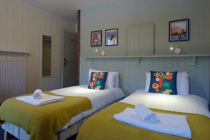 VERT LODGE — Value Twin Room