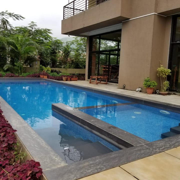 Kesar Villa 2 With A Large Private Pool And Garden