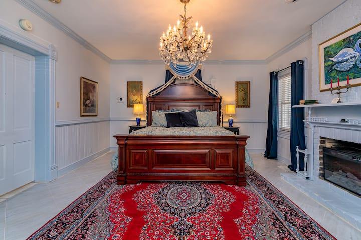 Amethyst Garden - Hydrangea Suite 2 bedroom