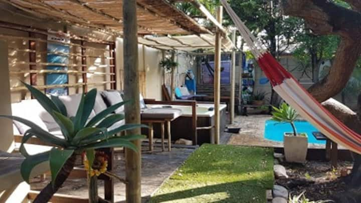 luxe garden cottage in surfvilla guesthouse