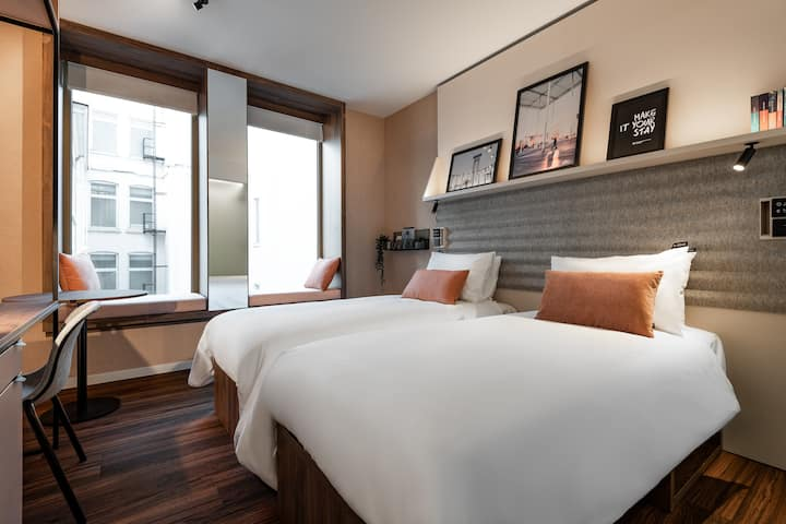 Centrally located A-STAY Room - A-STAY Antwerp