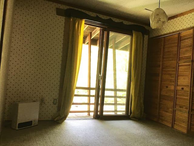 2階の寝室です