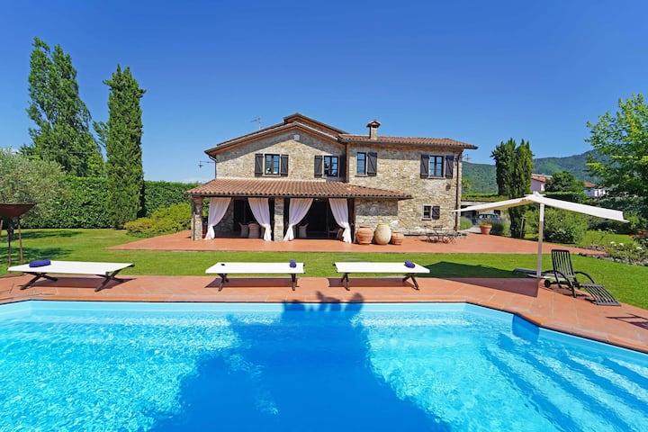 Villa Lavanda, Pool, WiFi,BBQ, Kids area, 5 Terre