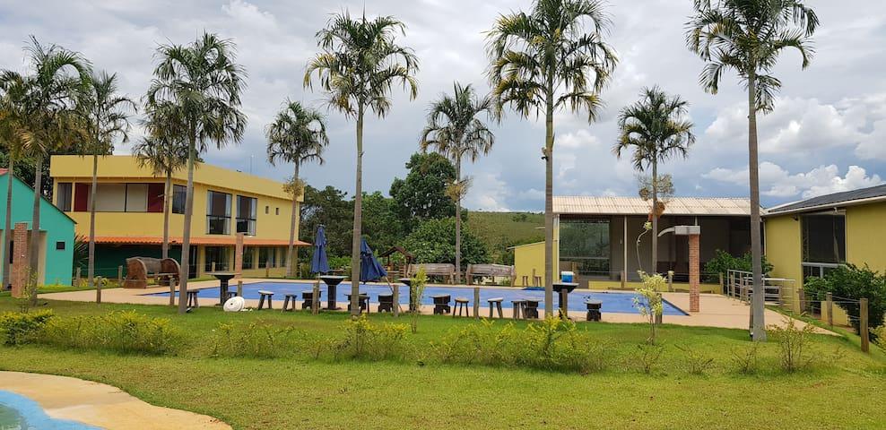 Chalé 04 acomodação Rural
