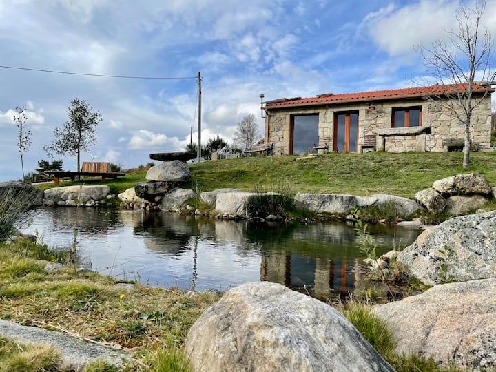 Casa rústica em zona rural tranquila