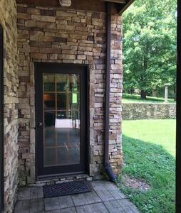 Entrance to Cozy Cabin.