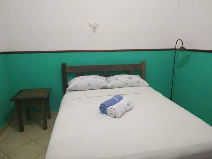suítes aconchegantes e independentes cama de casal