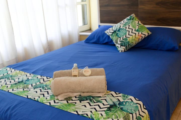 charming small room for couples or solo trip.