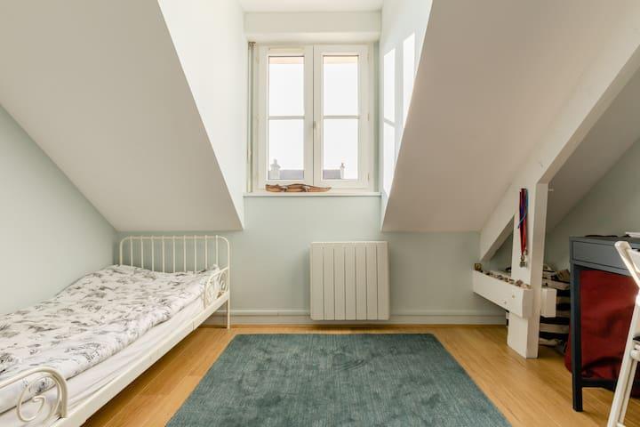 Chambre 4, 1 lit 90x190 cm, 1er étage