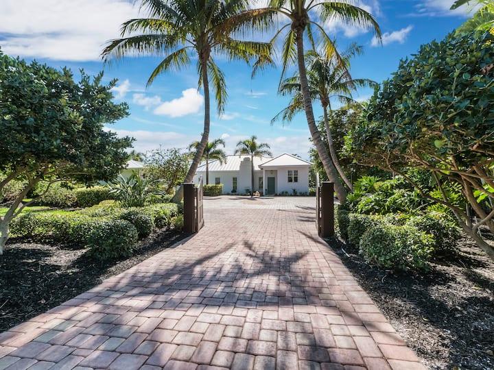 North Longboat Key Beach Retreat