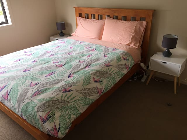 Bedroom 2 - double bed and 1 single
