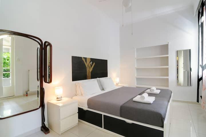 Athens Green ❀ LemonTree Design Apt. W/ balcony