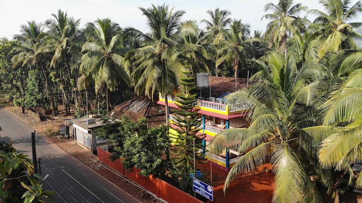 DevHomestays - Explore Enchanting Konkan - Room1