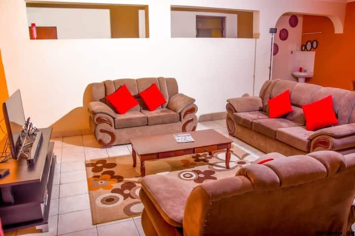 Diana Luxury Residence - Stylish Cosy Apartment