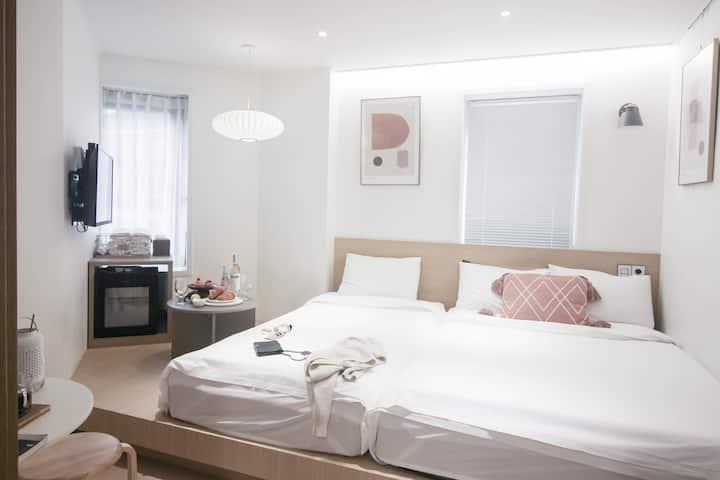 ♥OPENSALE♥T9 Luxury house with big-bathtub_中文&Eng