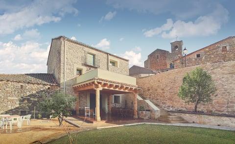 COVA CABALLAR. Gran patio y preciosos atardeceres.