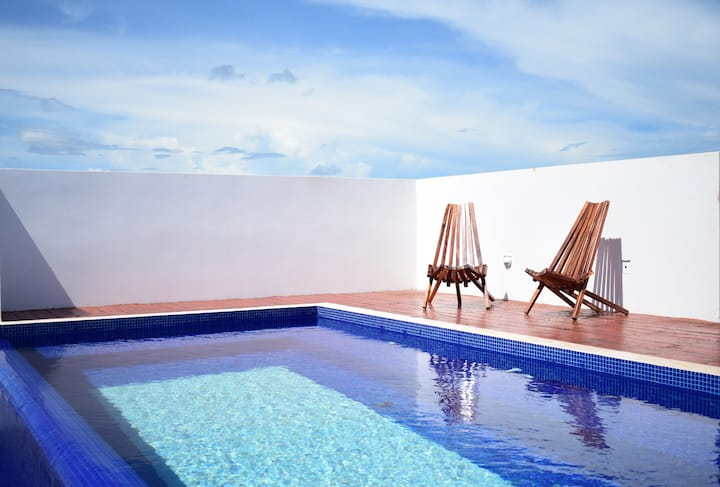 1 br rooftop pool area, covered parking@ la veleta