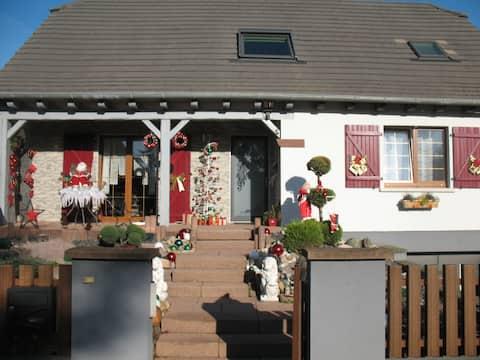 Chouette chambre cosy dans une maison en Alsace