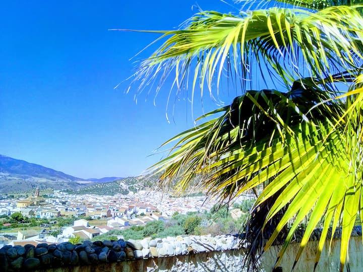Cañada de las Cuevas, Charme et plaisir andalou
