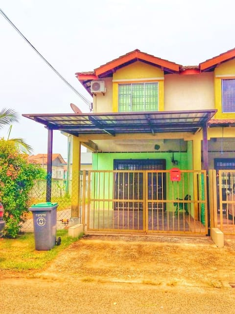 Zaqhwan Kulai Homestay