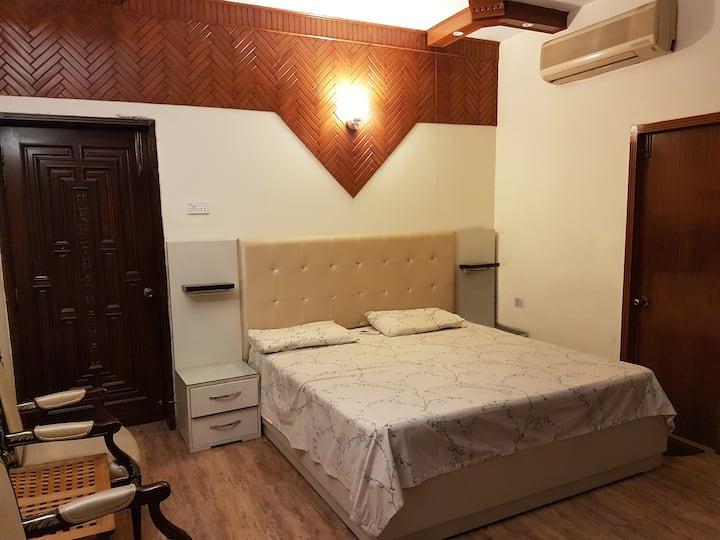 5 Bedroom Apartment in Gulberg II