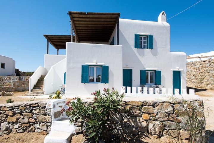 A&A House Mykonos B
