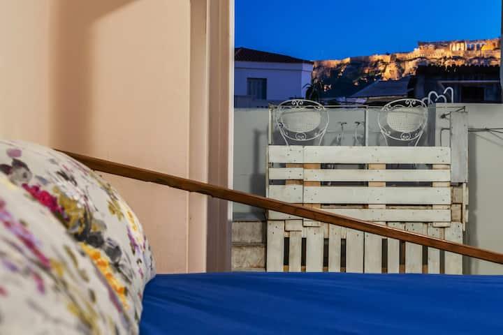 Acropolis view urban studio@150m metro Monastiraki