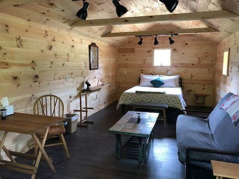 Off Grid Tiny House Glamping On 22 Acres