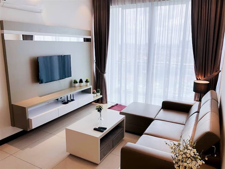 ❤Paragon Suite, Queen Suite by HomestayJB.com