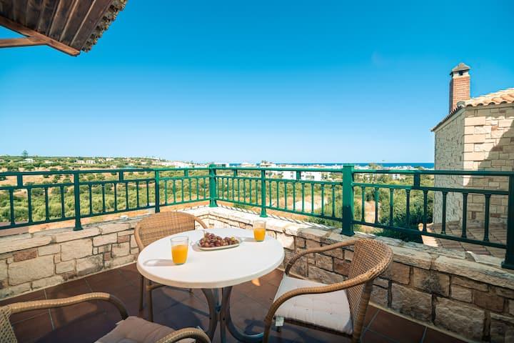 Villa Galatia, 3 Bedroom - Private Swimming Pool