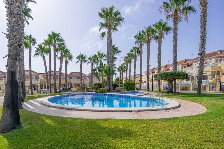Villa Rosa, 3 bedroom holiday home, Cabo Roig